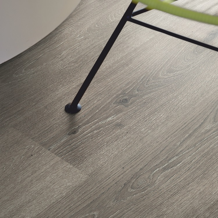 Light grey Classic Plank LMP Laminate Mountain Grey Oak, plank L0101-01802