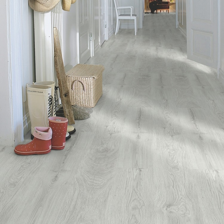 Light grey Classic Plank LMP Laminate Silver Oak, plank L0201-01807