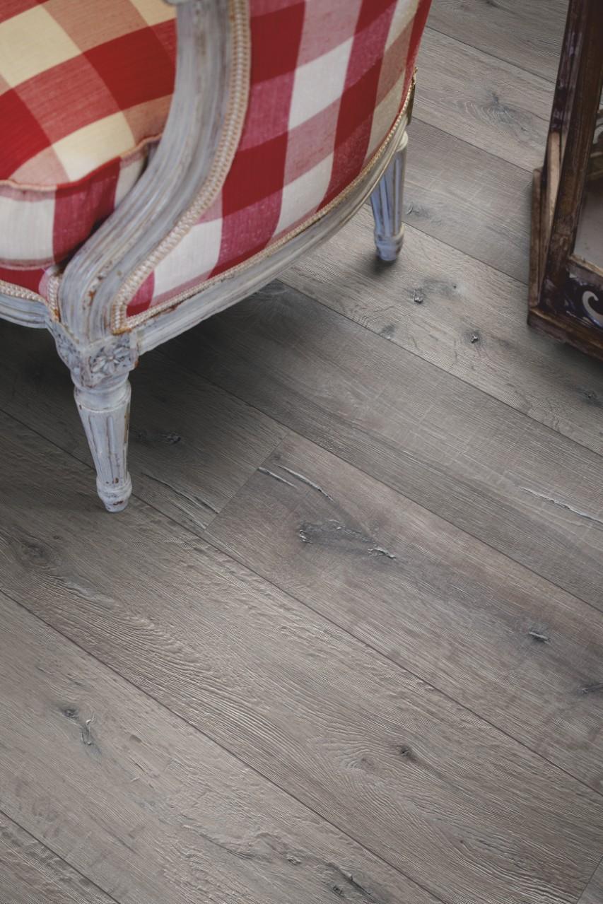 L0323 01760 Reclaimed Grey Oak Plank Pergo Co Uk