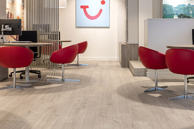 Pergo floors in TUI Office Ostend Belgium