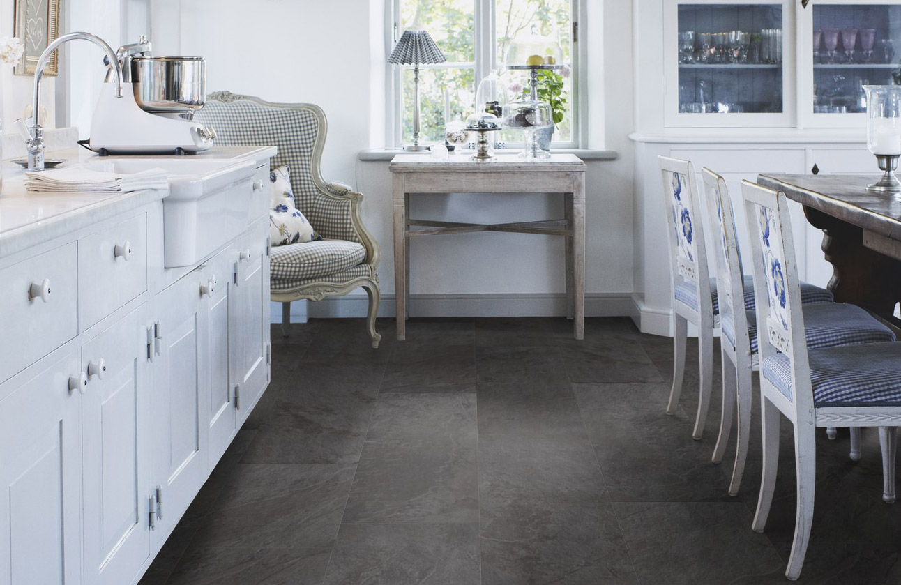 the old natural material linoleum has come into fashion again after a long period in obscurity but what is actually the difference between linoleum