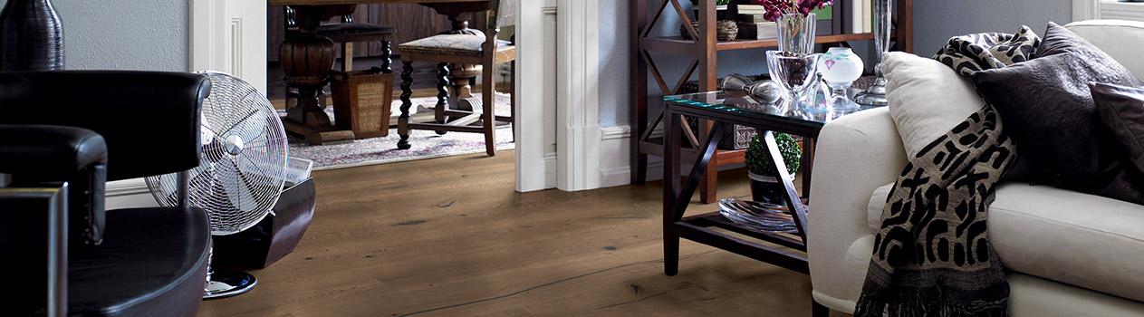 Solid Wood Flooring Vs Engineered Hardwood Flooring Pergo