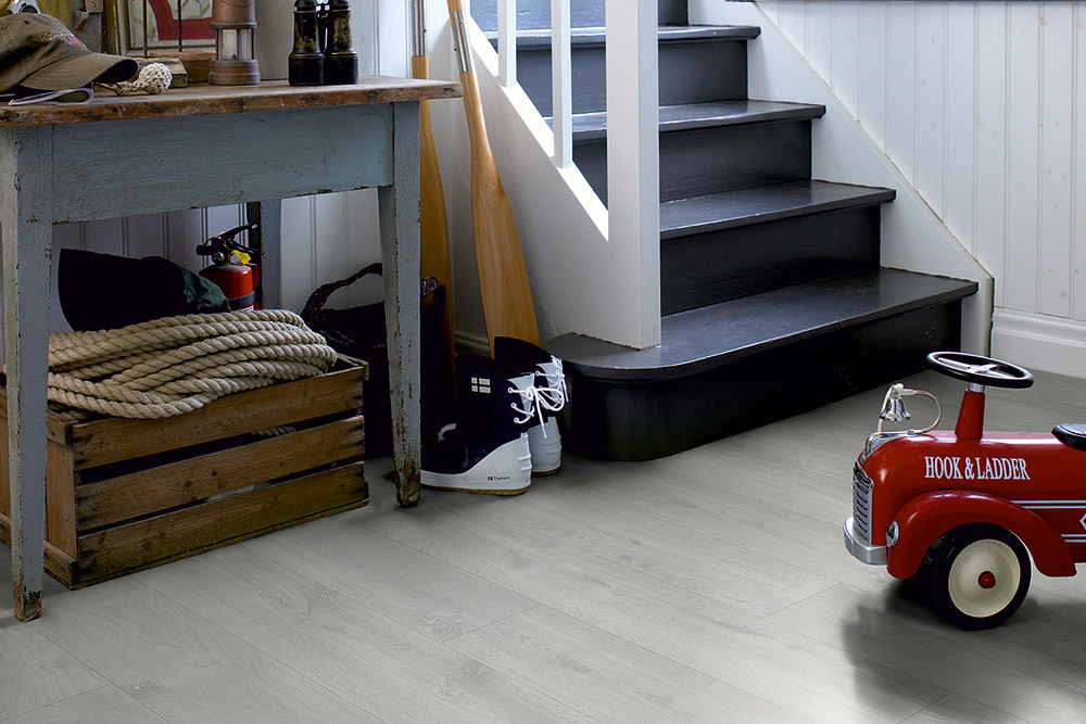 how to maintain a pergo laminate floor
